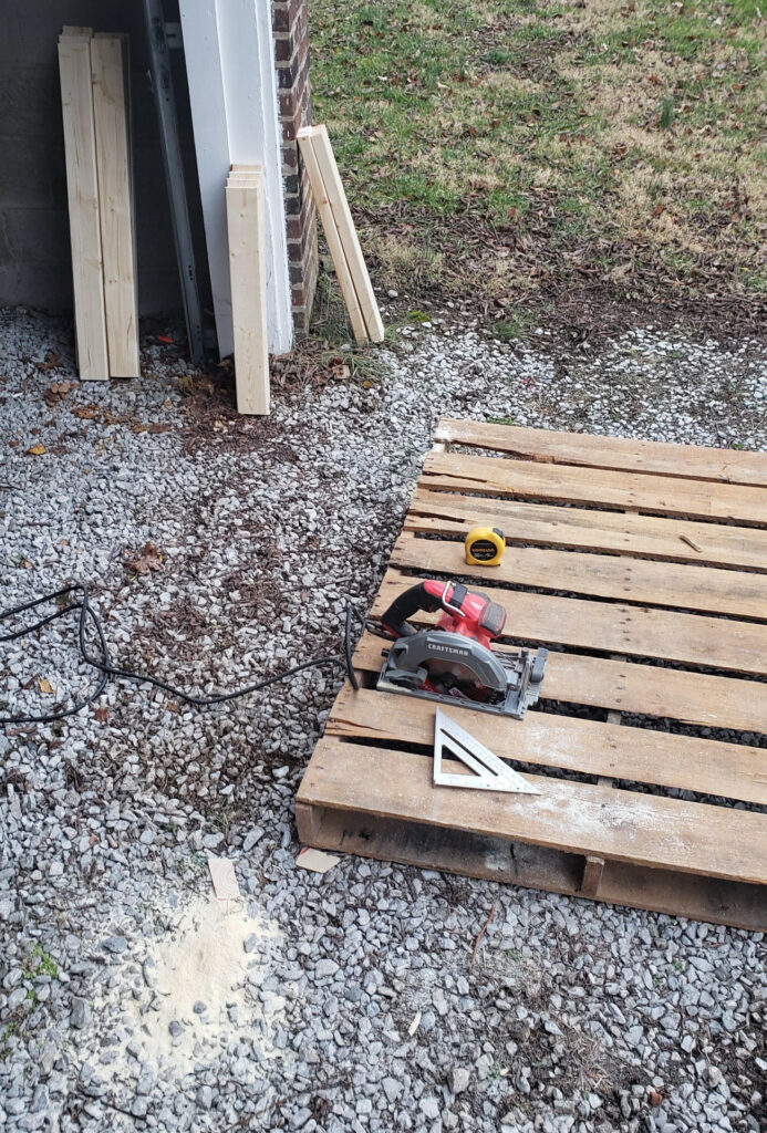 Using a pallet as a circular saw platform.